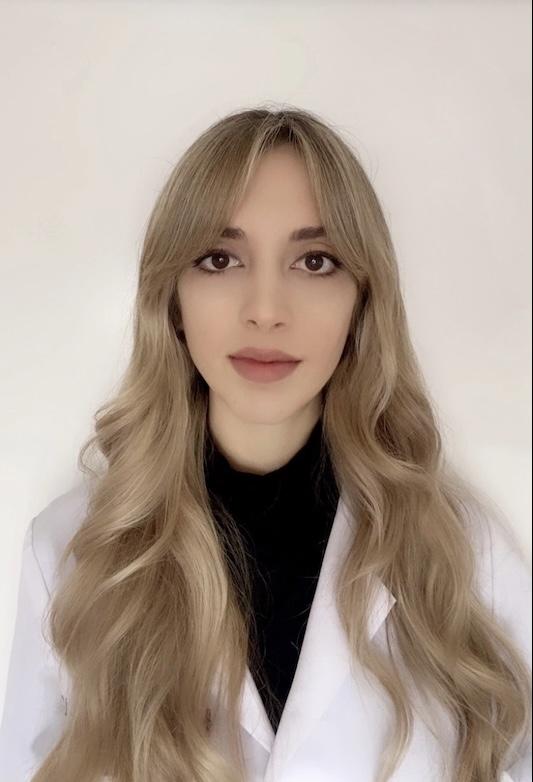 María Nashiro Lell